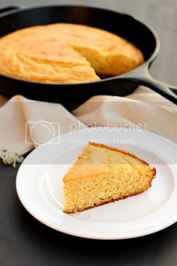Gluten-Free Honey Cornbread | Sweet gluten-free cornbread with chewy buttery edges baked in a cast-iron-skillet.