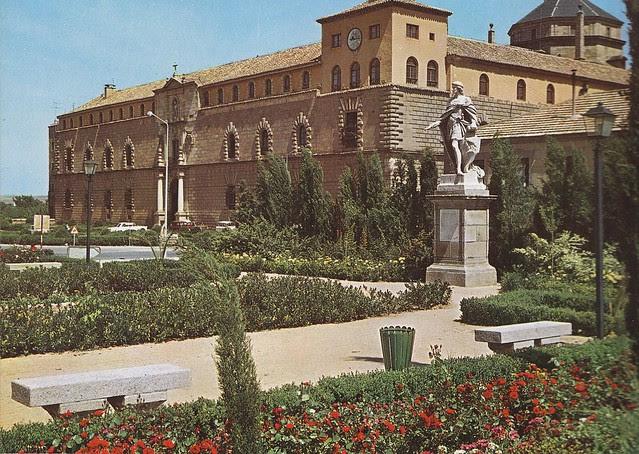 Hospital Tavera desde el Paseo de Sisebuto a mediados del siglo XX