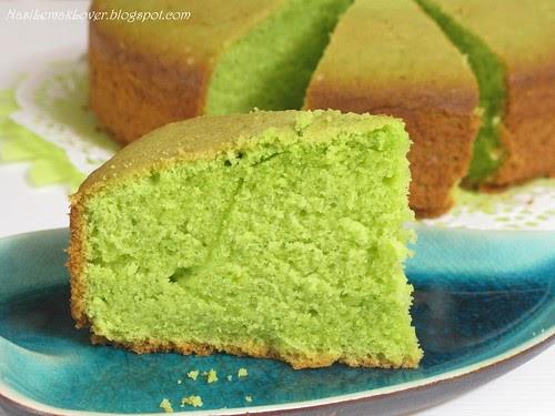 Pandan Butter Cake With Gula Melaka