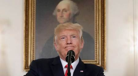 Trump defends Confederate statues, berates his critics