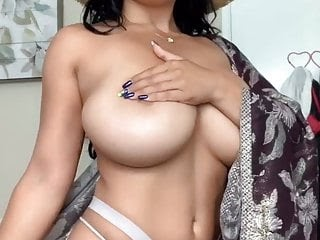 Busty Nude Model images (#Hot 2020)