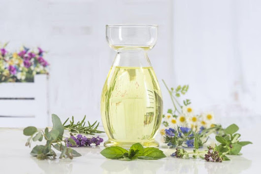 Best Essential Oils for Migraine Relief for Adults and Children