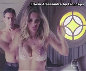 Flavia Alessandra super sensual na novela Salve Jorge