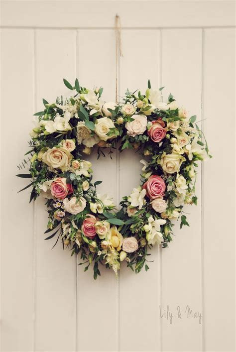 25  Best Ideas about Heart Wreath on Pinterest   Crafts