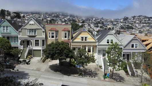 San Francisco Edges Out Washington to Become the Highest-Income Big U.S. Metro Area
