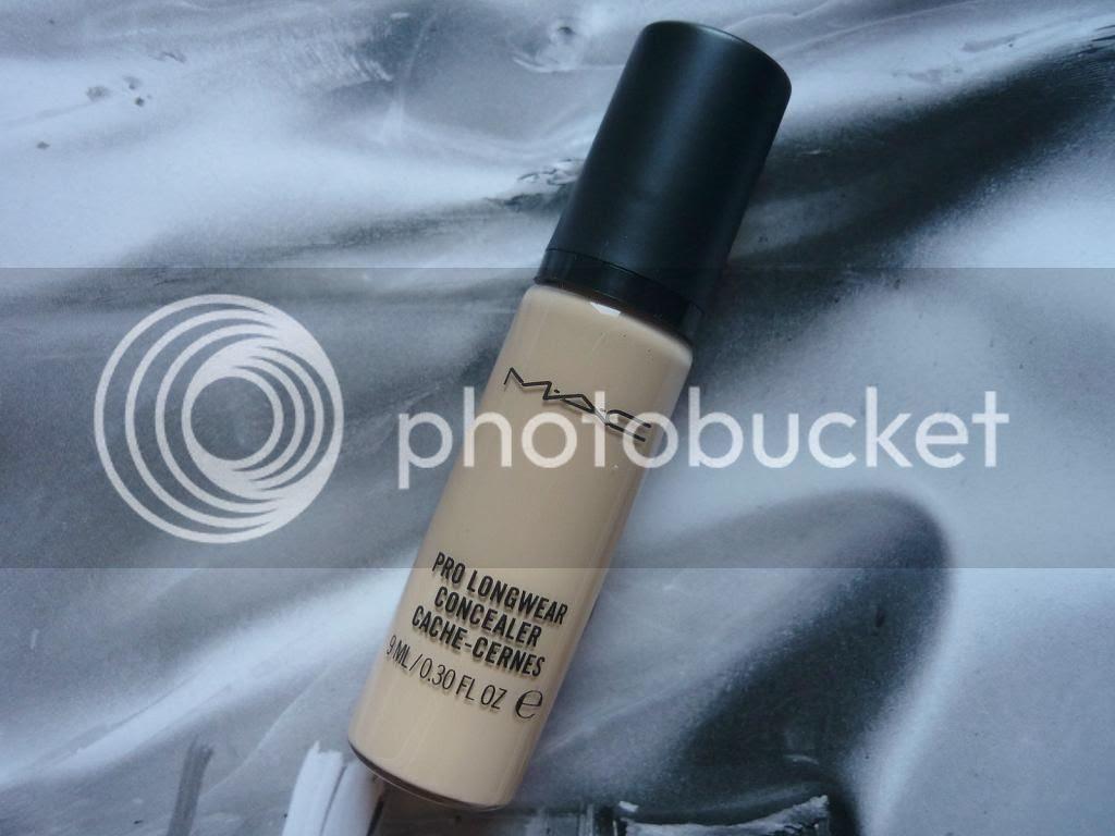 photo mac-pro-longwear-concealer_zps91b6be4c.jpg