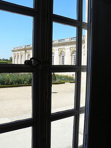 grand trianon fenetre 2.jpg