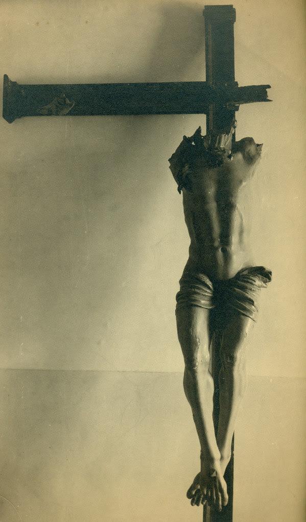 Cristo del Convento de las Concepcionistas destruido en la Guerra Civil. Fotografía de Pelayo Mas Castañeda. Causa de los mártires de la persecución religiosa en Toledo