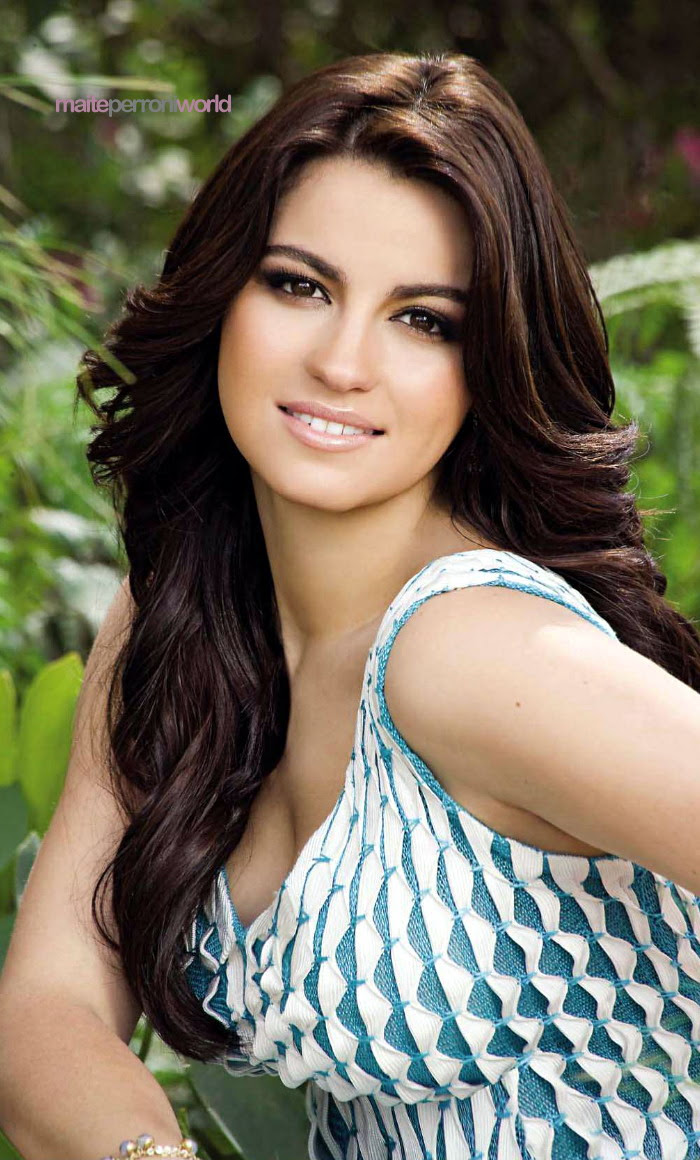 Maite Perroni Mexican actress and singer/songwriter very hot and sexy wallpapers