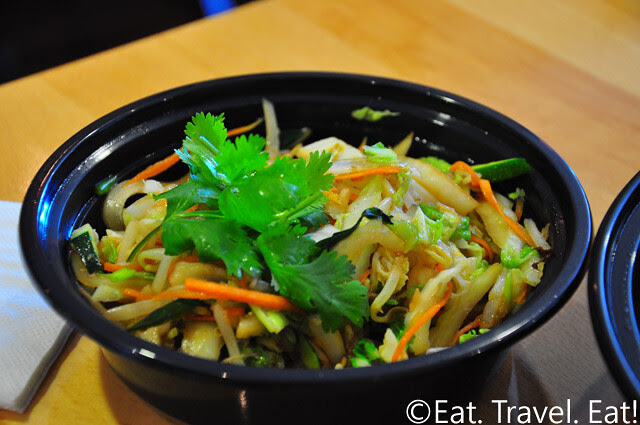 Easy Earthen, Rowland Heights, CA: Combination Plate (side)
