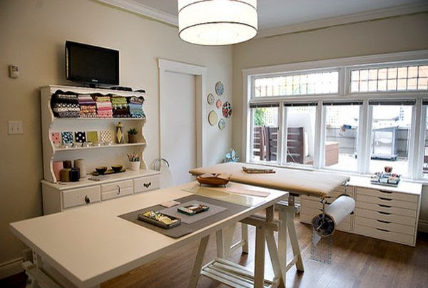 Beautiful craft room interior design ideas that make work easier