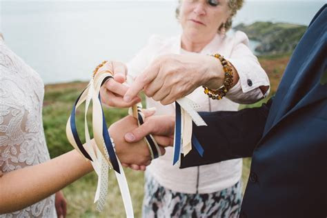 Hand fasting: A Celtic Tradition for your Irish Wedding