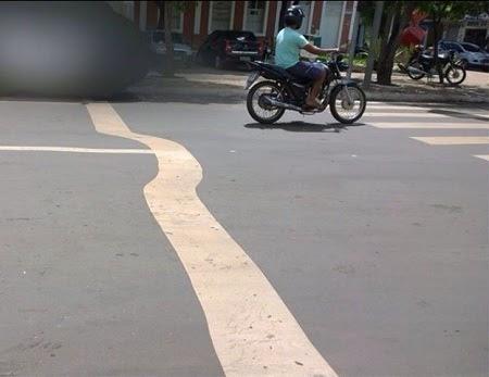 Caxias: Fora do padrão: Nova sinalização de trânsito apresenta faixas insinuantes
