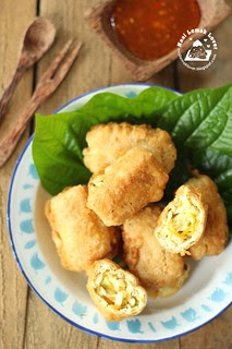 deep fried stuffed tofu puff with cabbage copy