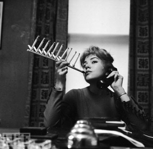 Cigarette Pack Holder - crazy invention, 1955.