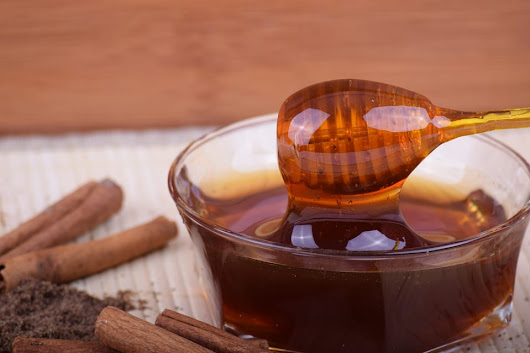 Honey and Cinnamon Benefits and Natural Cures – John Barry Miller