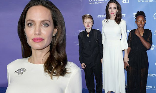 Angelina Jolie is sophisticated chic in gorgeous couture | Daily Mail Online
