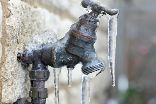 5 Tricks to Keep Your Pipes From Exploding this Winter
