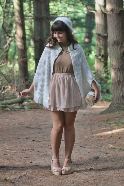 Light-brown-thrifted-shirt-tan-lulus-wedges-beige-thrifted-cape_400