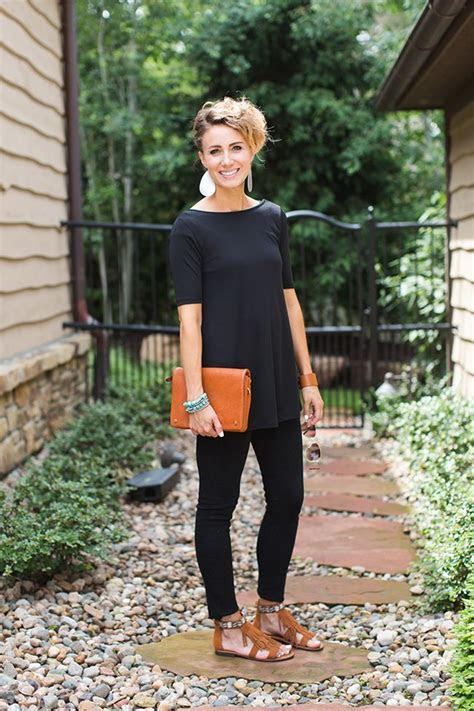 ONE little MOMMA: Wearing All Black in the Summer  5 Ways