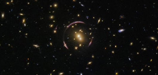 Hubble spots Einstein ring surrounding galaxy cluster - UPI.com