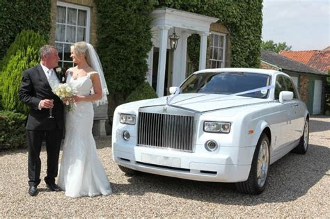 Hire Wedding Cars in Leeds   LEEDS CHAUFFEURS