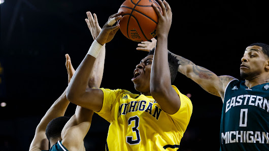 Michigan's Beilein: Kam Chatman benefiting from practices