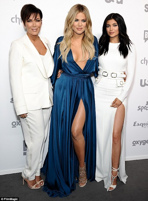 Who wore the Gaping gown better Khloe K or Kylie Jenner .