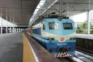 機関車SS8