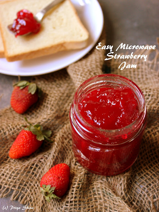 Easy Microwave Strawberry Jam - PRIYA KITCHENETTE