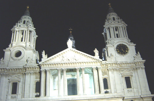 St Paul's Cathedral at 5am!!!