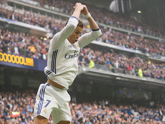 Ronaldo scores one, misses penalty as Real Madrid stay in Liga hunt