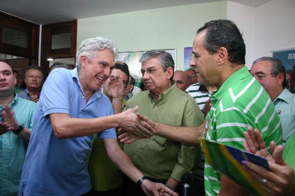Presidentes estaduais do PR e do PMDB, deputados João Maia e Henrique Eduardo, confirmam aliança