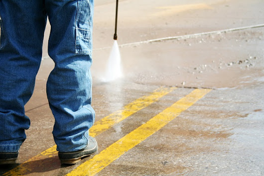 When to Choose Hot Water Surface Cleaning - 214 Pressure Washing