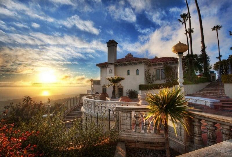 Visually Stunning Homes at Sunset