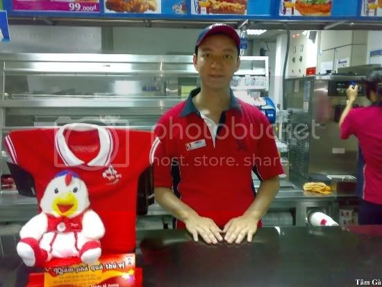 cashie position at kfc restaurant Dinh Tien Hoang