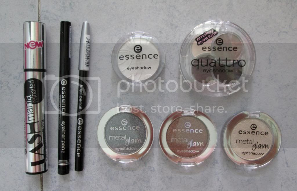 photo EssenceCosmeticsMakeup08.jpg