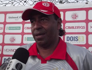 Carlos Moura Dourado, auxiliar técnico do América-RN (Foto: Tiago Menezes)