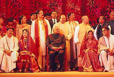 Seemanto And Chandni ,Sushanto And Richa With The Guests