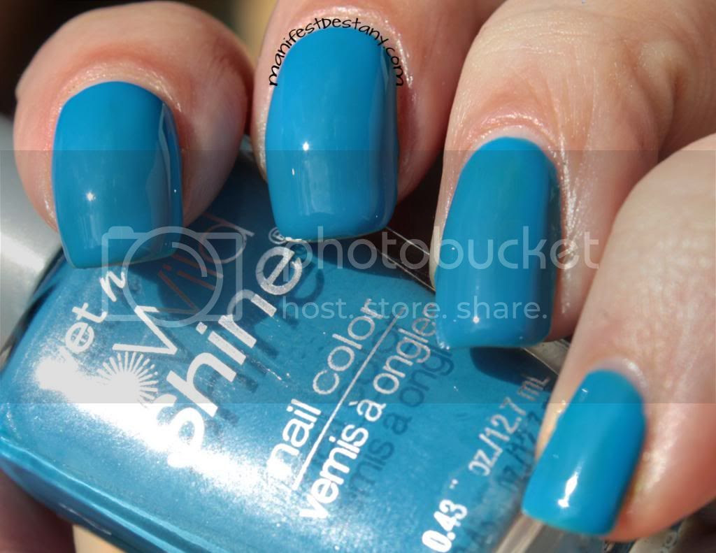 blue, nail polish, wet n wild
