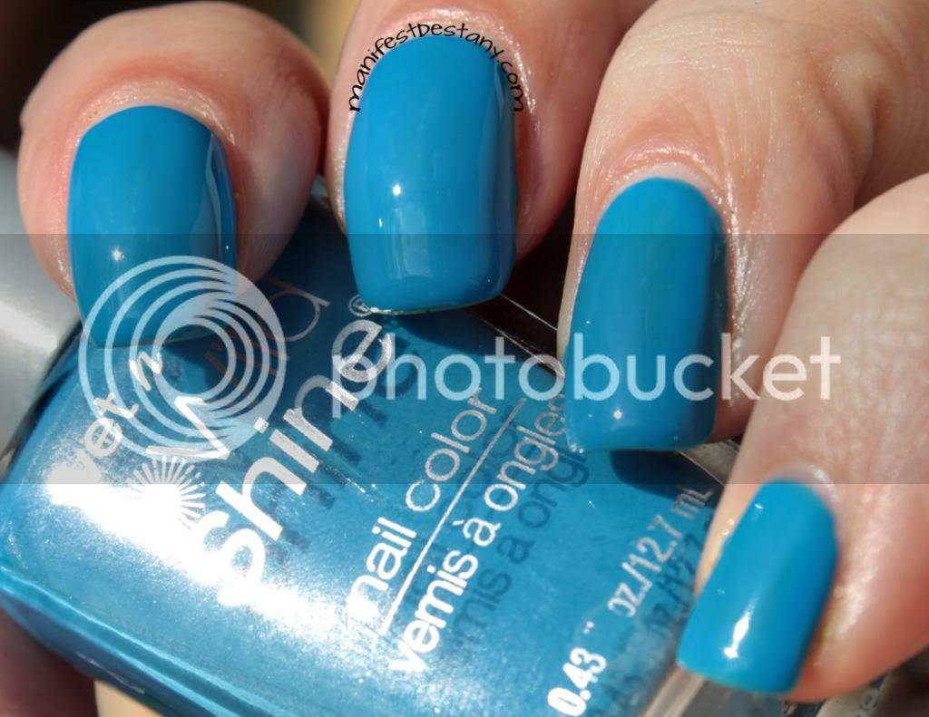 blue, nail polish, wet n wild