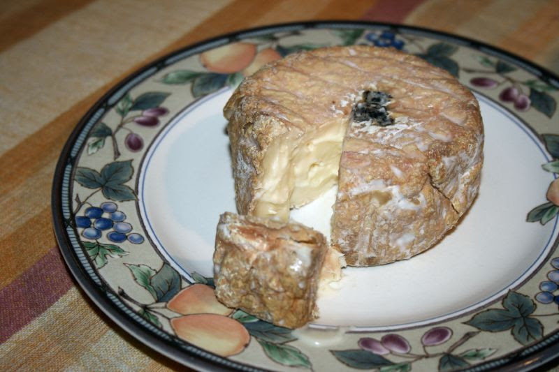 Cheese with Roasted Pears