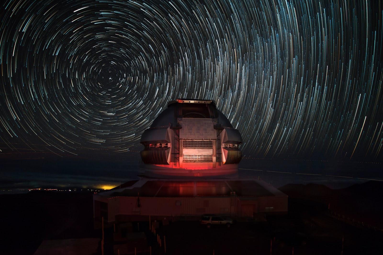 Đài quan sát Gemini bán cầu bắc. Tác giả: Joy Pollard (Gemini Observatory).