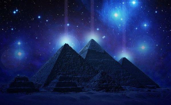 pyramide rusty