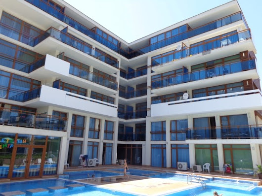 For sale one-bedroom penthouse on the ground floor, 400 m from the beach in Sunny Beach