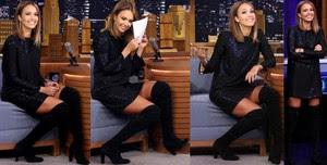 Jessica Alba Vestido Con Botas Altas