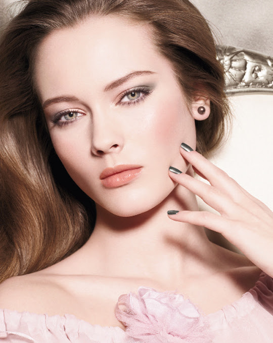Chanel Spring 2011 Makeup