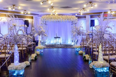 Pnina Tornai   PreOwned Wedding Dresses