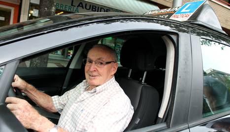 Alfonso Larrey Tufur, conductor novel a los 84 años.