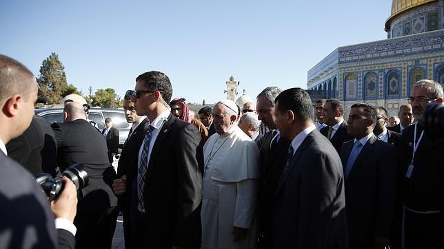 El Papa, en Jerusalén: «Que nadie instrumentalice el nombre de Dios para la violencia»